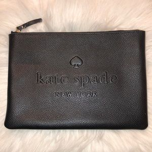 ♠️ Kate Spade Ash Street Leather Pouch ♠️